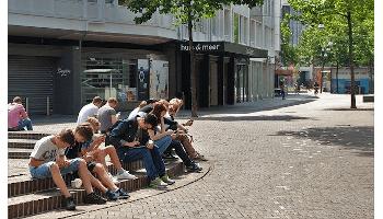 Jugendliche: Nicht ohne mein Smartphone!